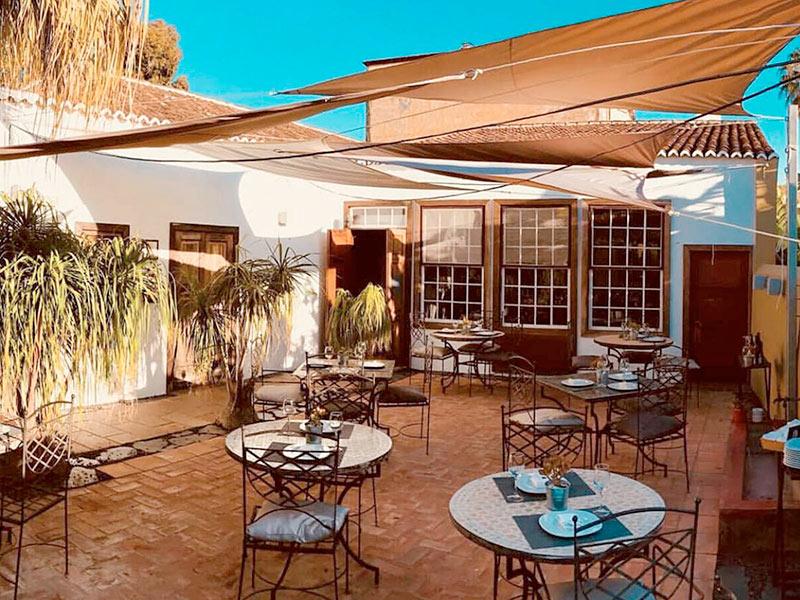 El Rincón de Moraga Restaurante Patio Interior